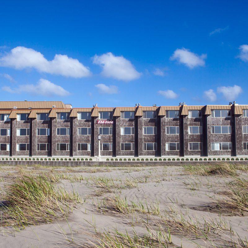 Ebb-Tide Oceanfront Inn